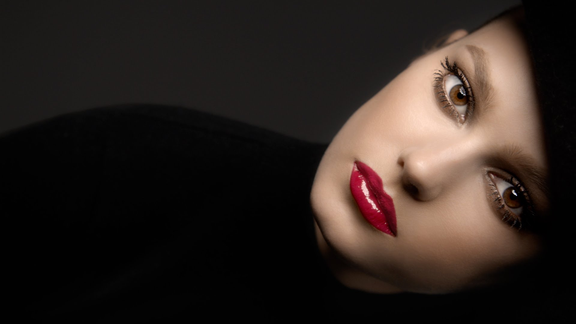 Audi Piloted Driving >> Chanel Rouge Allure Gloss Commercial Song